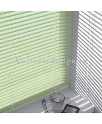 Жалюзи. Пластиковые шторы горизонтальные. Цвет салатовый